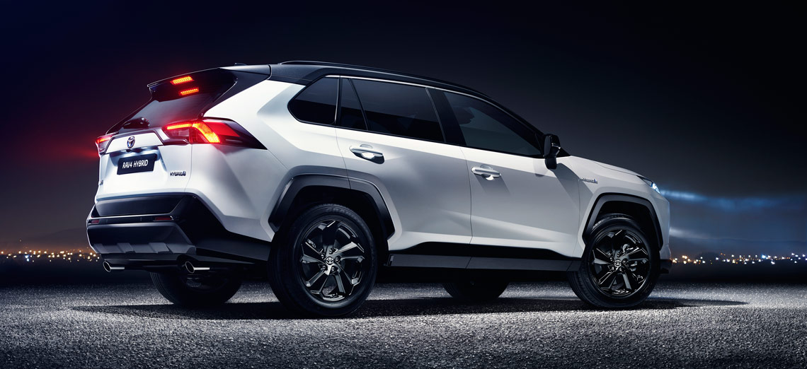 Ful And Capable On All Roads It Delivers Cl Leading Fuel Efficiency In Short Is Tnga That Makes Rav4 A Car Without Compromise Ultimately