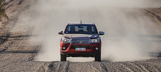 Toyota Hilux, referente del segmento pick-up 4x4, cumple 50 años