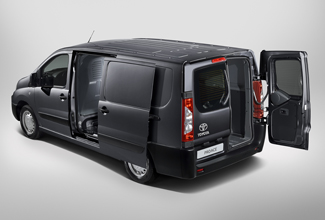 Toyota Proace, Black exterior, side aerial view