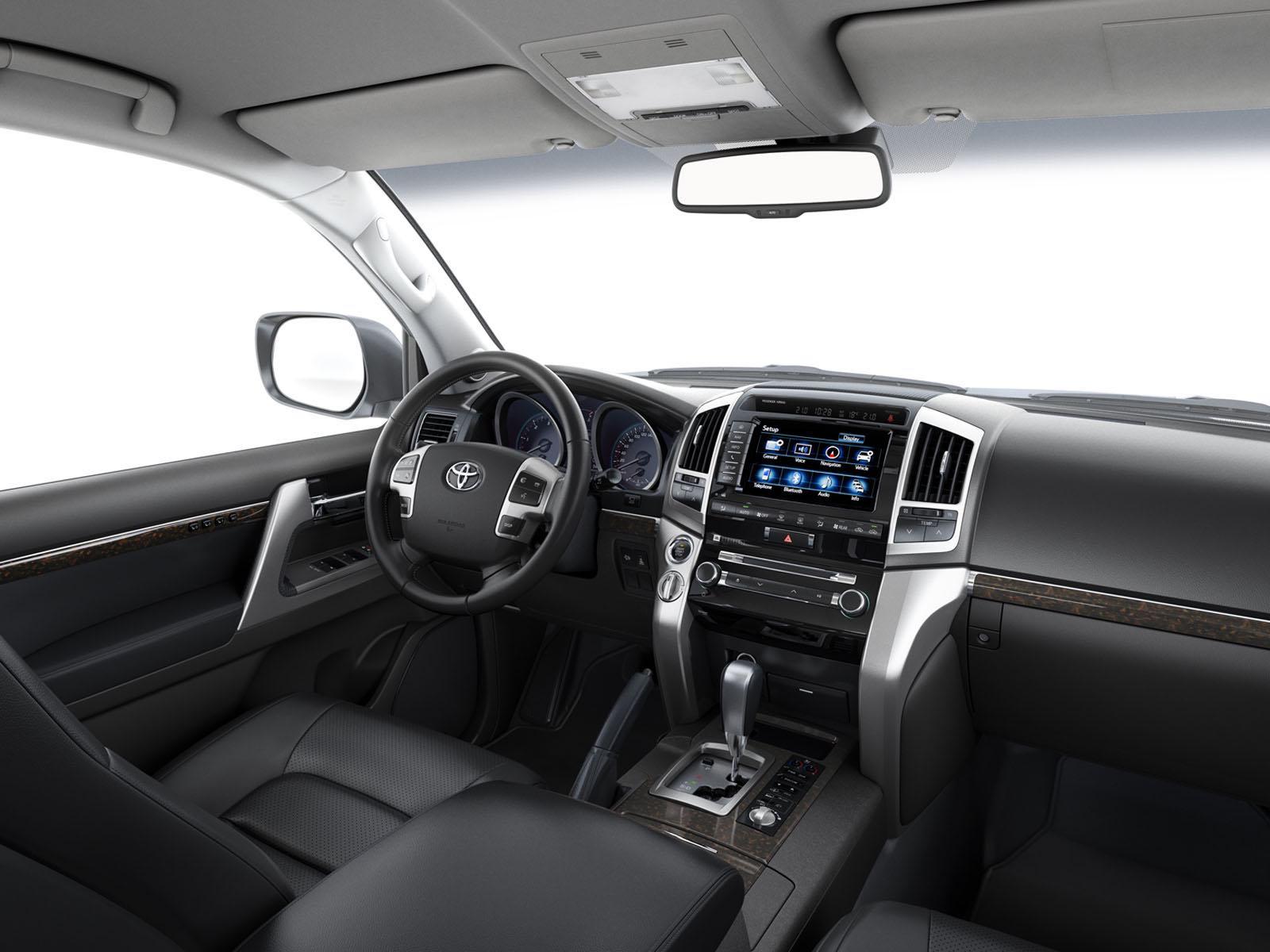 The Land Cruiser V8 Story 4x4 Cars Toyota Uk 300 2015 Car Interior Dashboard