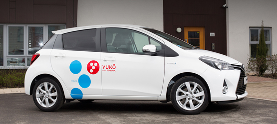 2016 YUKÕ – Toyota first to exclusively offer full hybrids in car sharing pilot