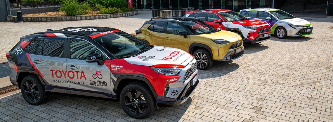 Giro d'Italia: Toyota consegna a RCS le auto ufficiali