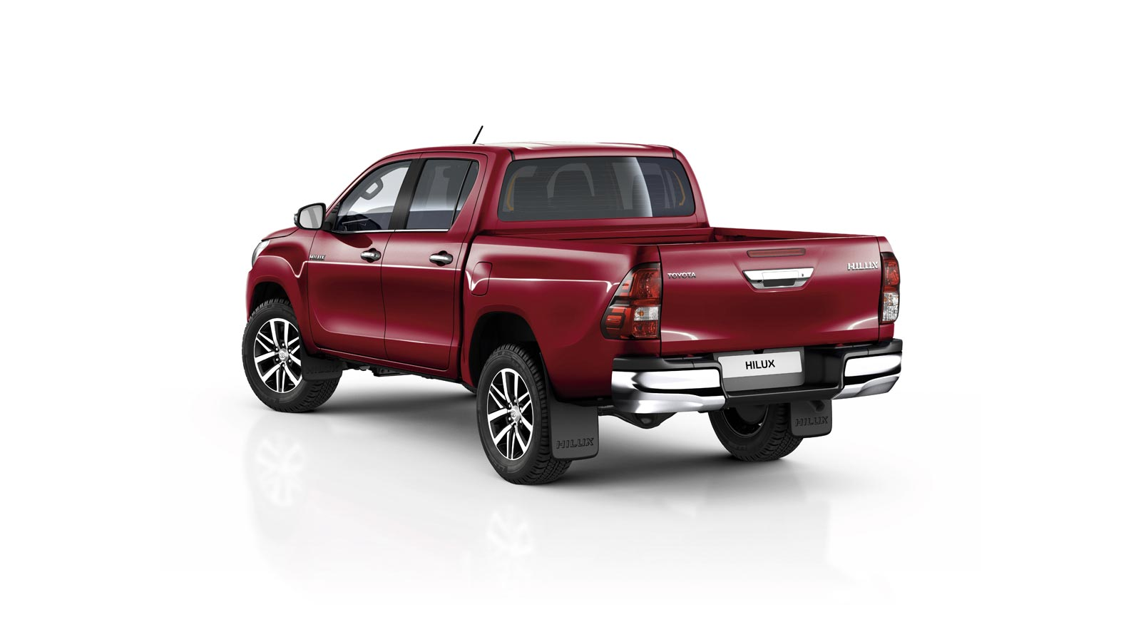 toyota-Hilux-2016-exterior-tme-020-a-ful